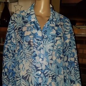 Size 2X, Cathy Daniel's brand, blue & white floral
